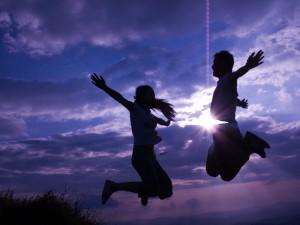 每日一句经典:每一个不曾起舞的日子都是对生命的辜负。