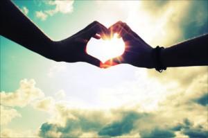 每日一句经典:爱情本来并不复杂,来来去去不过三个字,不是我爱你……