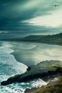 每日一句经典:光辉的理想像明净的水一样洗去我心灵上的尘垢。——巴金