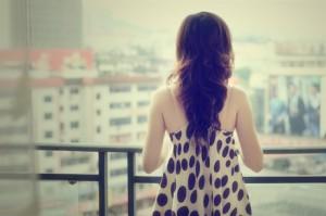 每日一句经典:多少浅浅淡淡的转身,是旁人看不懂的情深。 ——苏岑