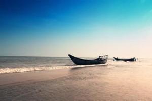 每日一句经典:人生真是一场梦,人类活像一个旅客,乘在船上,沿着永恒的时间之河驶去。
