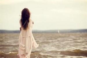 每日一句经典:世上有一条唯一的路,除你之外无人能走。它通往何方?不要问,走便是了。