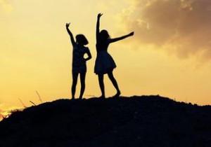 每日一句经典:聪明通透的人,自来都是难免孤独。 ——天下归元 《帝凰》